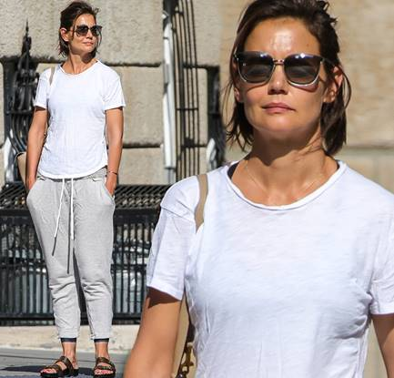 Check out the below images of Katie Holmes rocking The O.H.I.O out and about in New York City yesterday!