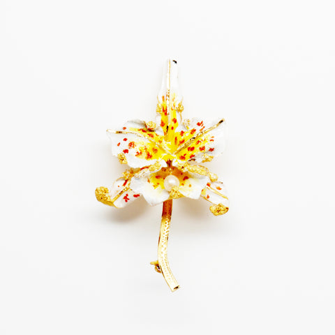 18K Yellow Gold & Pearl Enameled Flower Pin