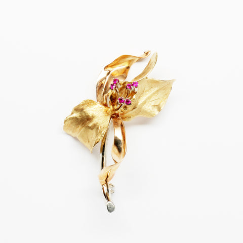 Ruby 18K Yellow Gold Flower Pin