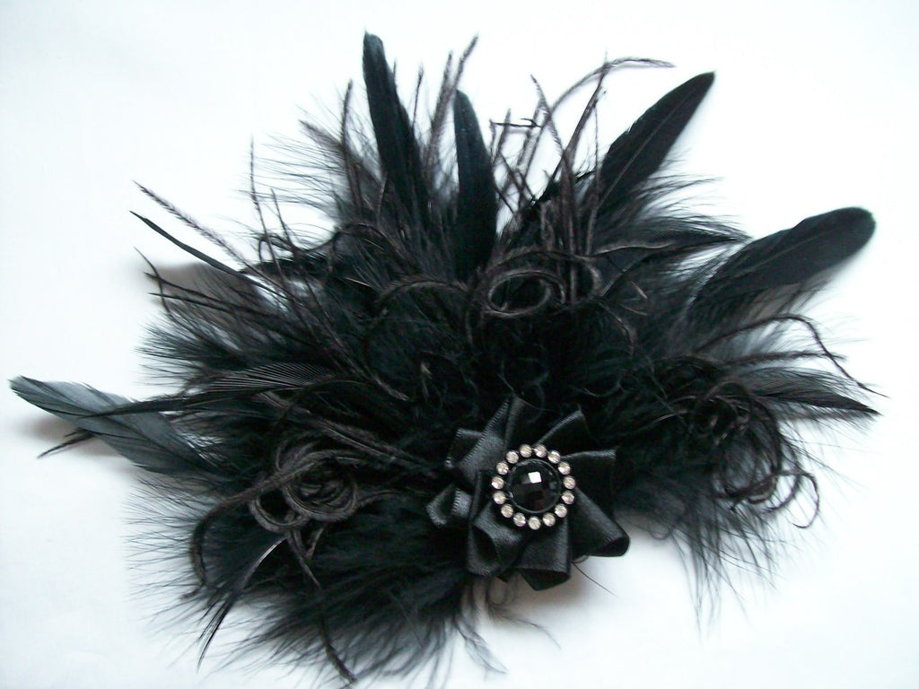 Black Mixed Ostrich Fluff Feather Vintage Burlesque Gothic Style Hair Clip Fascinator #burlesque #Gothic #Gothicbride #Gothicwedding #flapper #vintage #black #Halloween