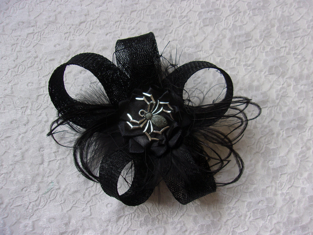 Black Spider Clip - Sinamay Loop Feather Gothic Spooky Halloween Wedding Mini Fascinator Hair Clip - Made to Order