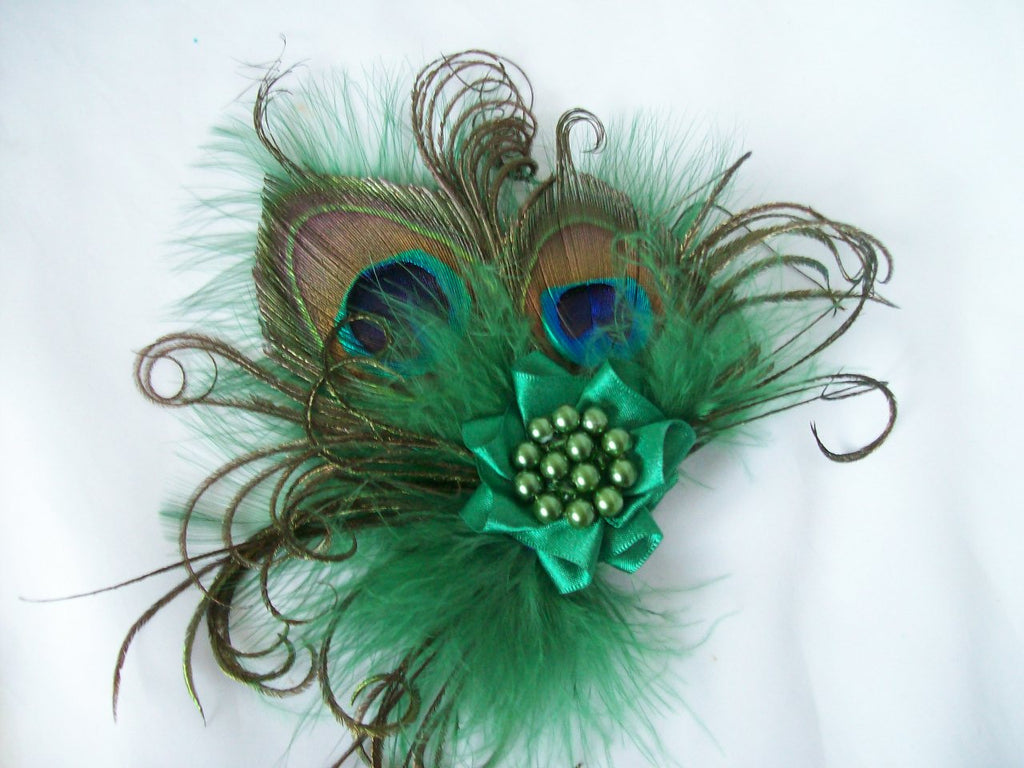 Small Dark Emerald Leaf Green Peacock Feather and Pearl Vintage Mini Fascinator Hair Clip - Ready Made