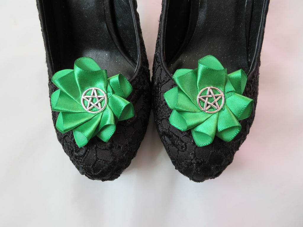 Emerald Green Pentagram Witch Gothic Satin Ruffle Shoe Clips - Wedding Halloween