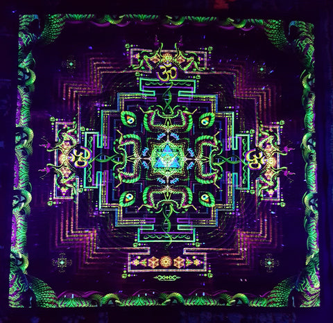 UV Active NEON Canvas Backdrop - Divine Yantra 75 x 75 cm