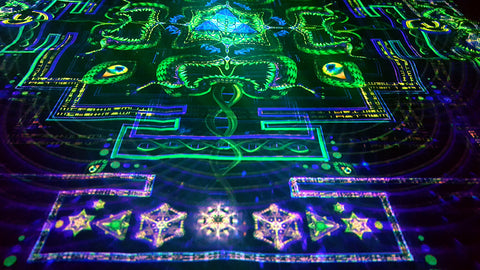 UV Active NEON Canvas Backdrop - Divine Yantra 72 x 72 cm