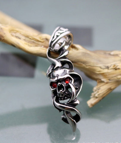 Personality New Arrival Gothic Red-eye Skull Pendant for Men
