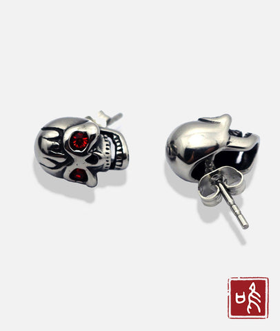 Best Selling Skull Ear Stud with Red Eye