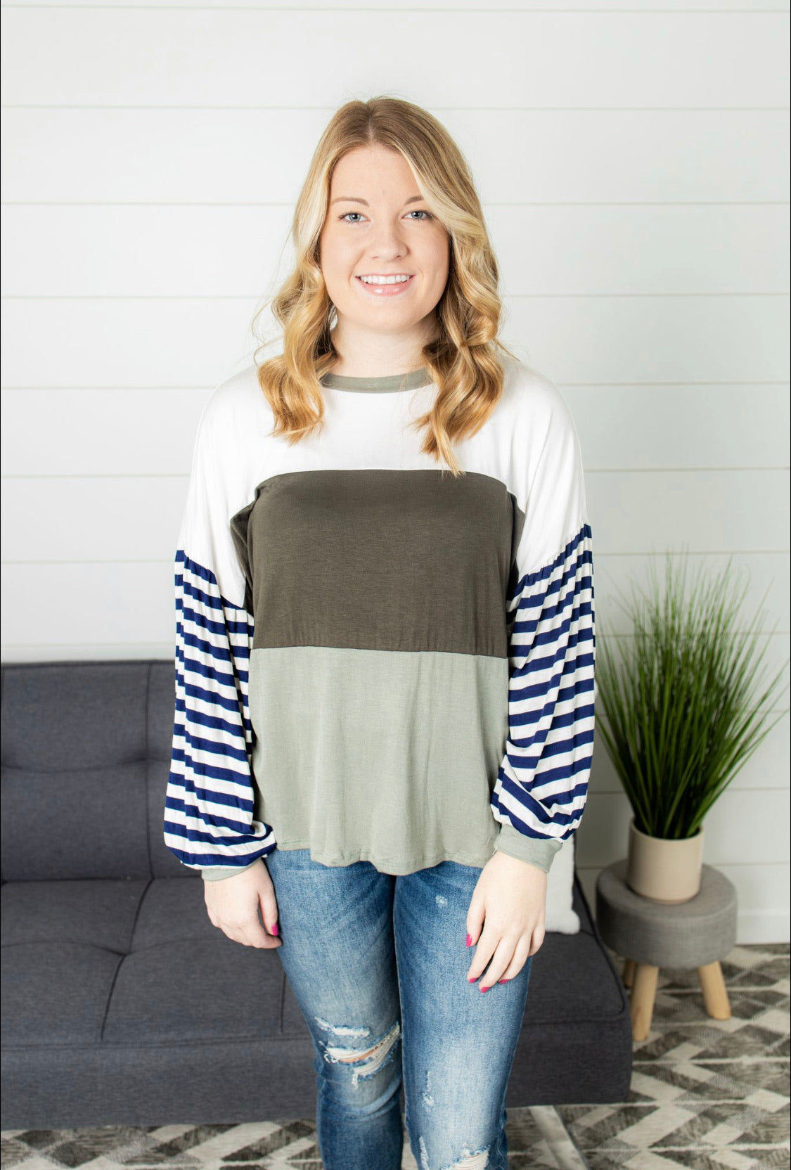 Colorblock With Stripe Puffy Sleeve