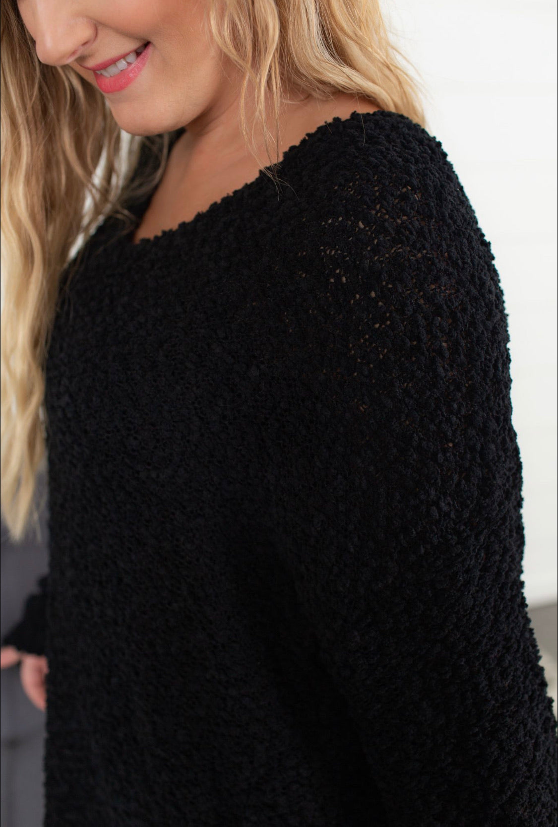 V Neck Popcorn Sweater - Black