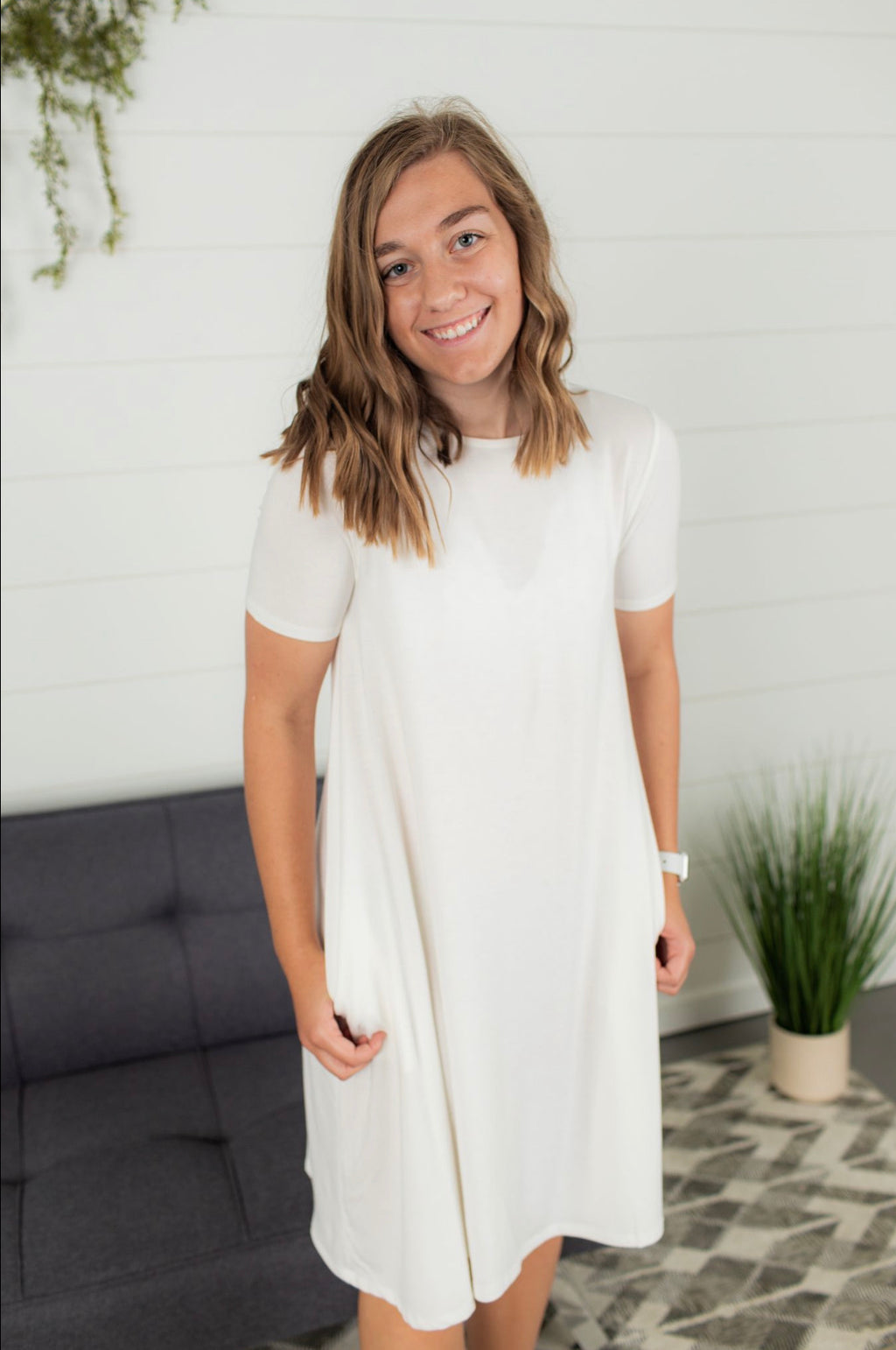 Short Sleeve Flare Dress - Ivory