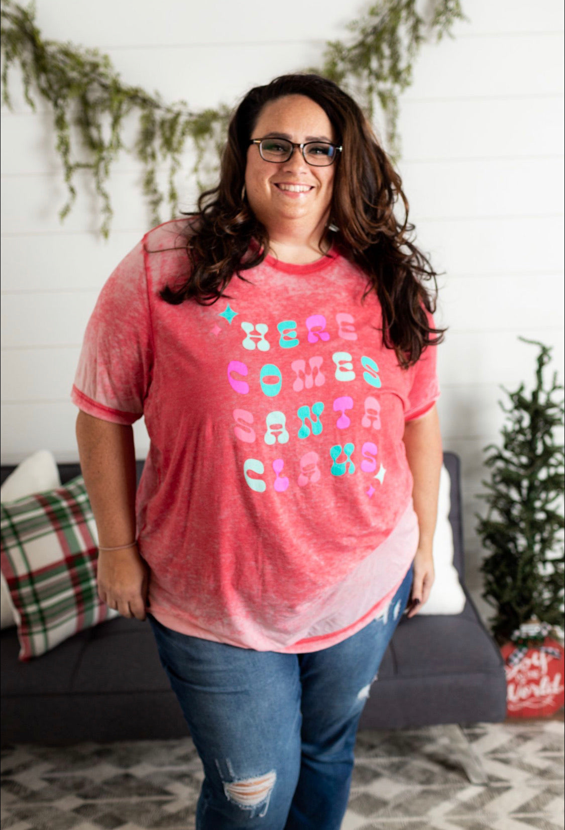 Here Comes Santa Clause Tee - Red