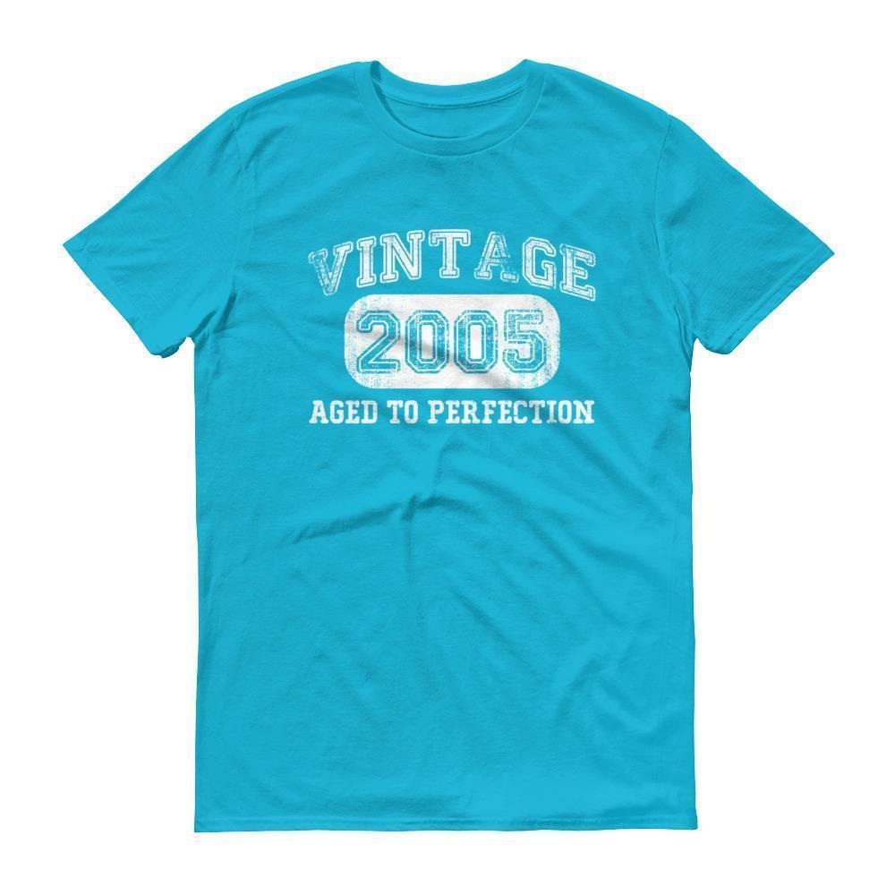 Born in 2005 Tshirt 2005 birthday gift Color: Caribbean BlueSize: S