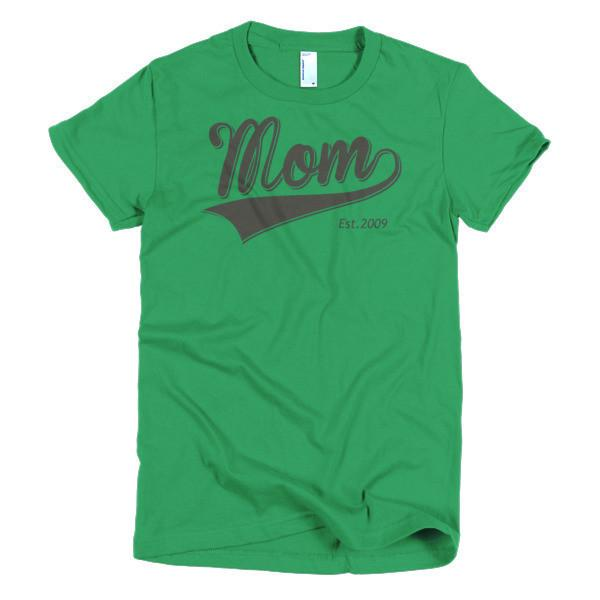 Women's Mom Est 2009 T-shirt Kelly Green / 2XL / Women T-Shirt BelDisegno