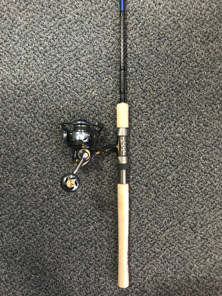 Tsunami Evict 3000 - Carbon Shield 7' MH Spinning Reel Combo