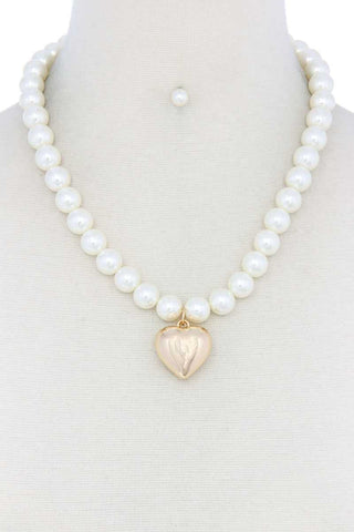 Puffy Heart Pearl Necklace