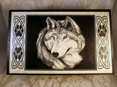 Wolf Box Top
