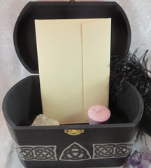 Celtic Claddagh Box Inside