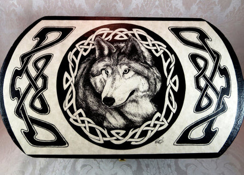 Lg Celtic Wolf Box Top