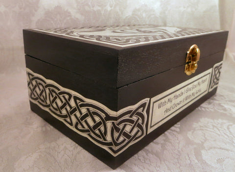 Celtic Claddagh Box Side