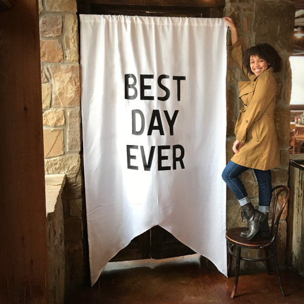 """BEST DAY EVER"" OVERSIZED BANNER"