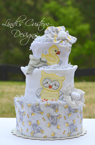 Neutral Baby Animals Diaper Cake Gift