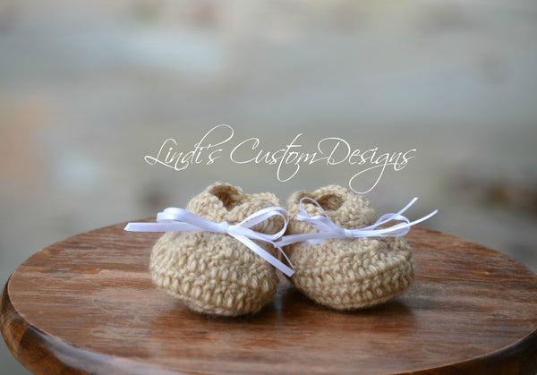 Neutral Crochet Baby Shoes Beige