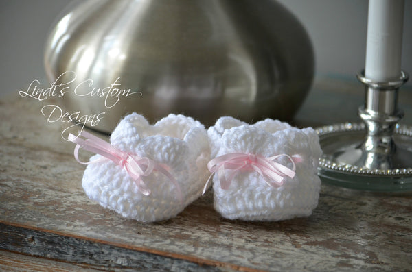 Crochet Baby Shoes White Pink