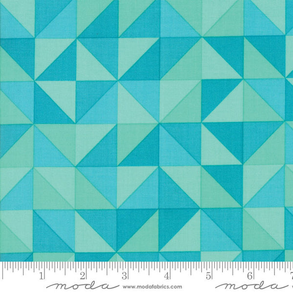 Spectrum Ombre HST in Turquoise (1/4 metre)