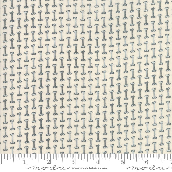 Howl and Hound - Dog Bones in Bone (1/4 metre)