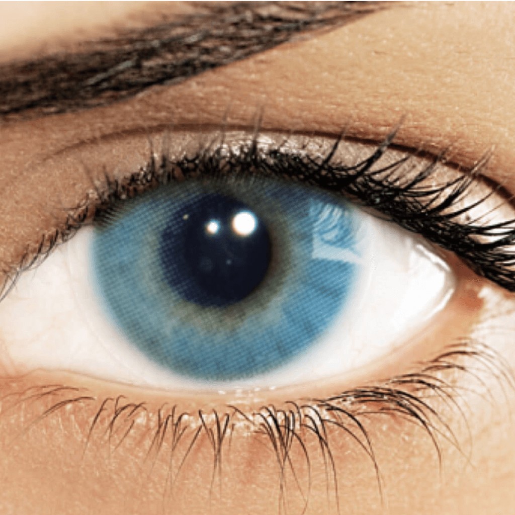 Hidrocor Azul colored contacts by Solotica