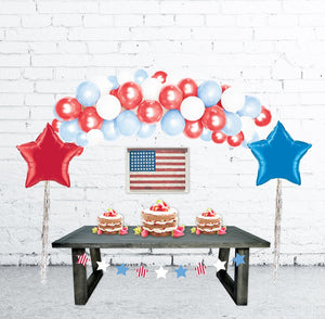 fourth of july balloon garland, star balloons red, white and blue
