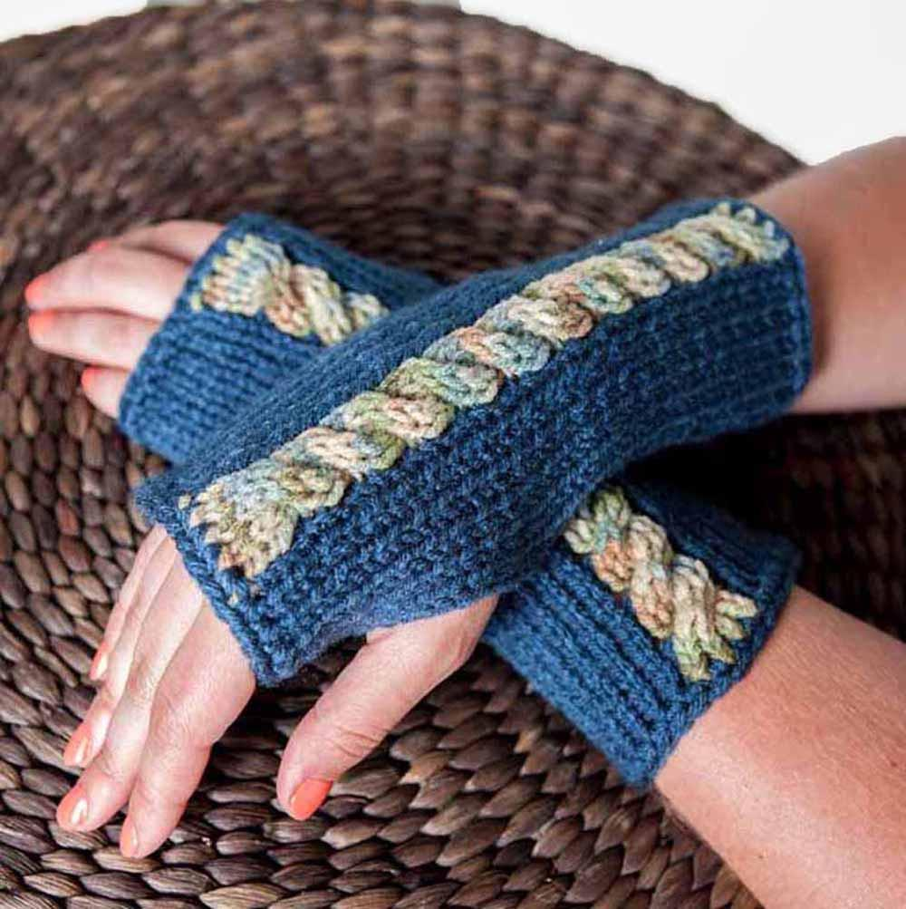 Knit Fingerless Arm Warmers by Nothingbutstring