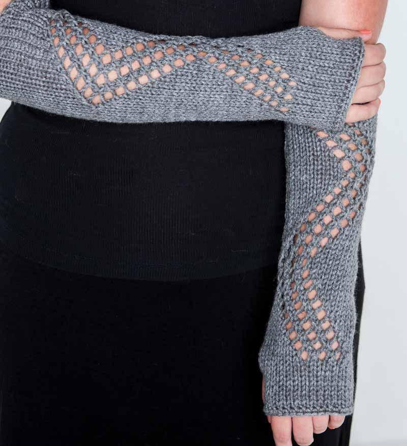 Lace design gloves by Nothingbutstring
