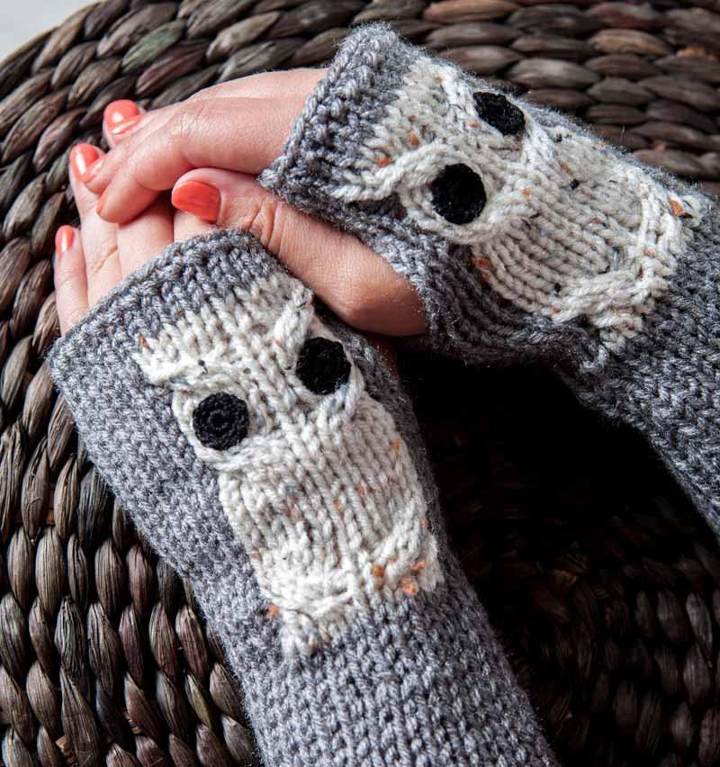 Fall Fashion Fingerless Gloves by Nothingbutstring