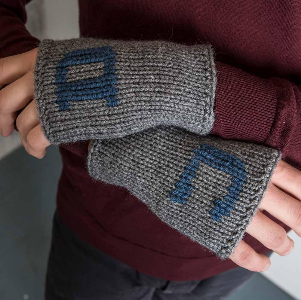 Nothingbutstring Gloves Personalized Men's Knit Fingerless Gloves in Grey and Blue