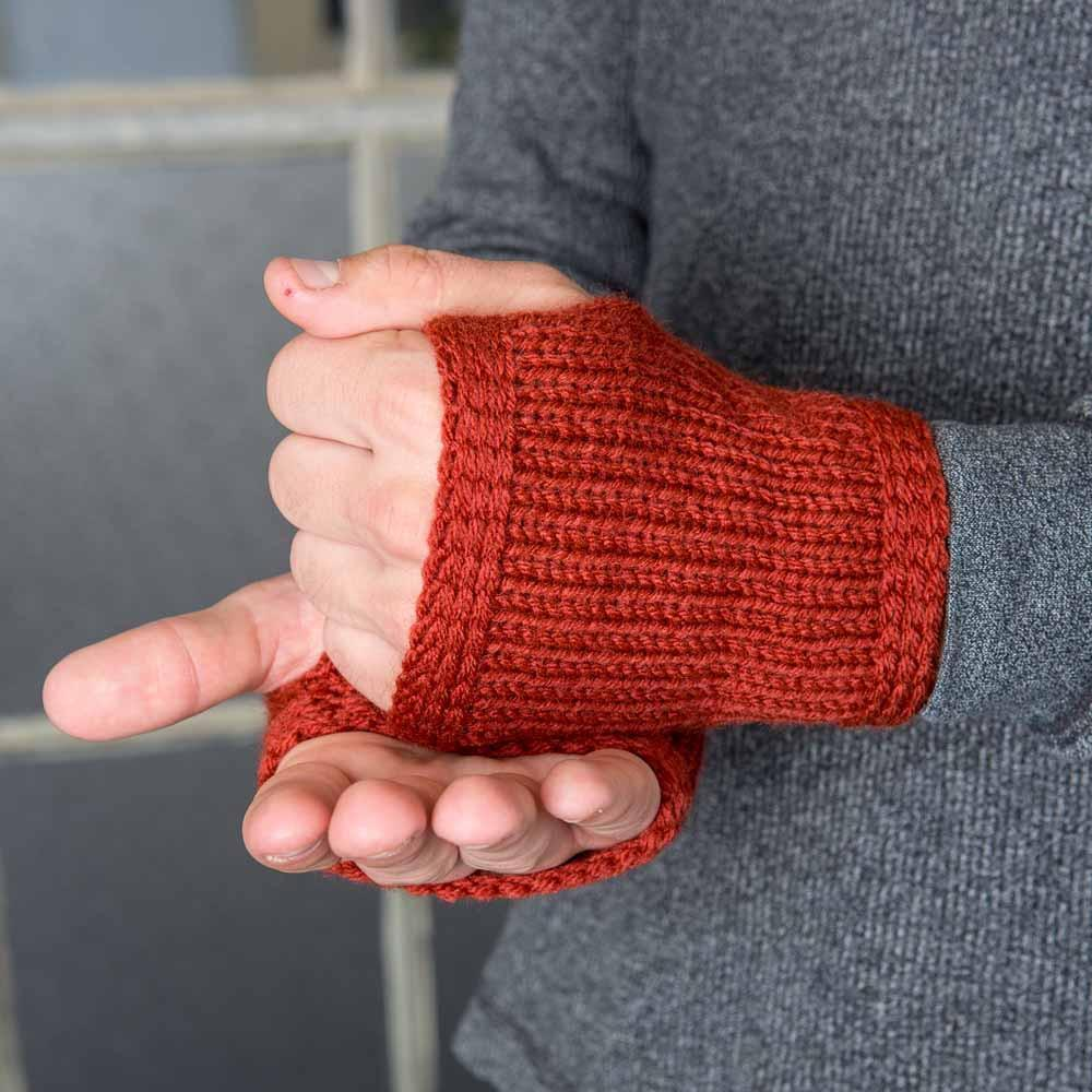 Nothingbutstring Gloves Redwood Knitted Men's Fingerless Gloves