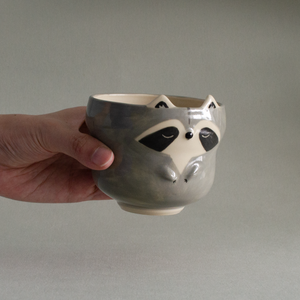 Curvy Raccoon Cup