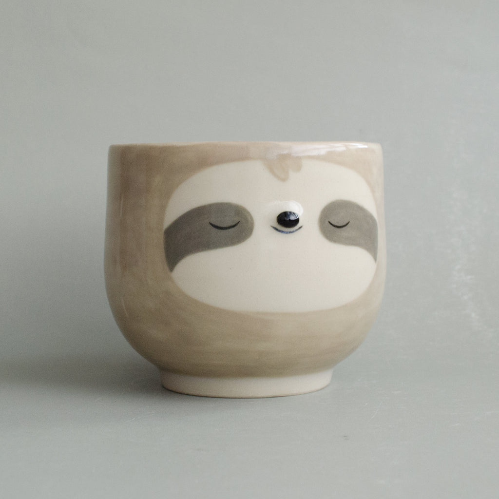 Tan Simple Sloth Cup