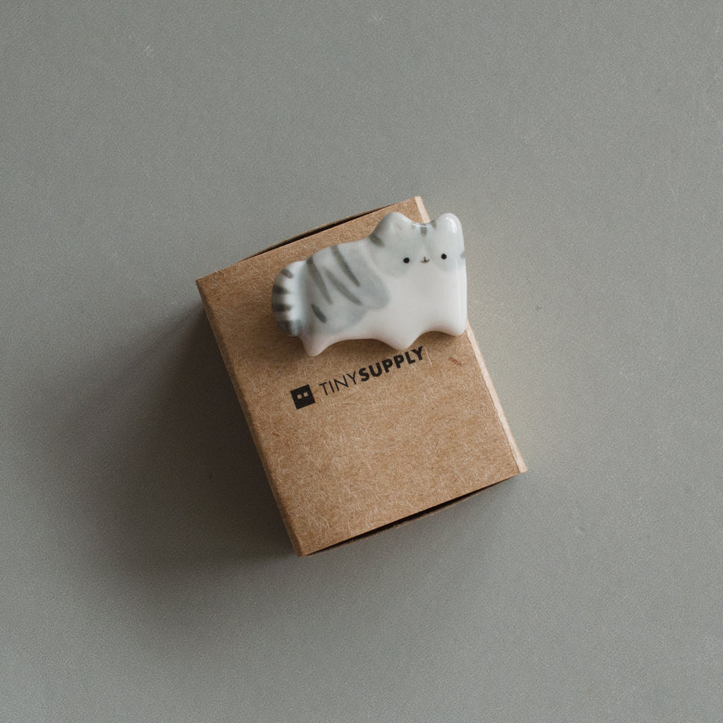 Grey Tabby Brooch