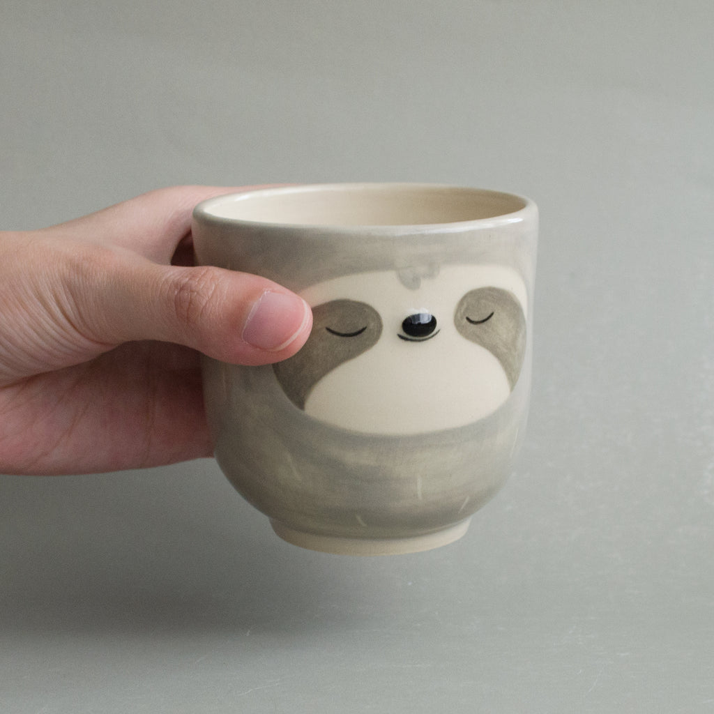 Grey Simple Sloth Cup