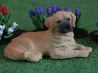 Dolls House Miniature Golden Retriever, Garden - The Dolls House Store