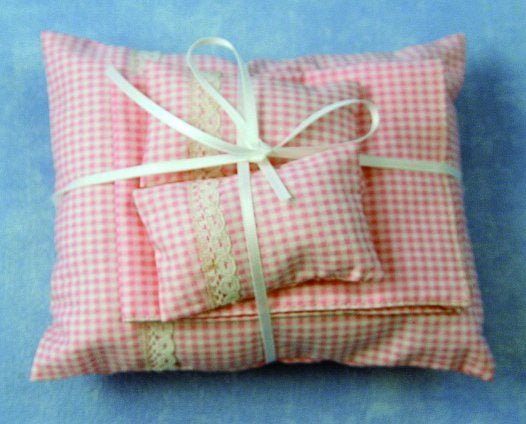 Dolls House Miniature Pink Pillows and Duvet, Bedroom - The Dolls House Store