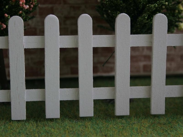 Dolls House Miniature White Picket Fence, Garden - The Dolls House Store