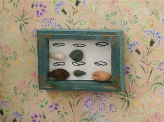 Dolls House Miniature Shells, Paintings - The Dolls House Store