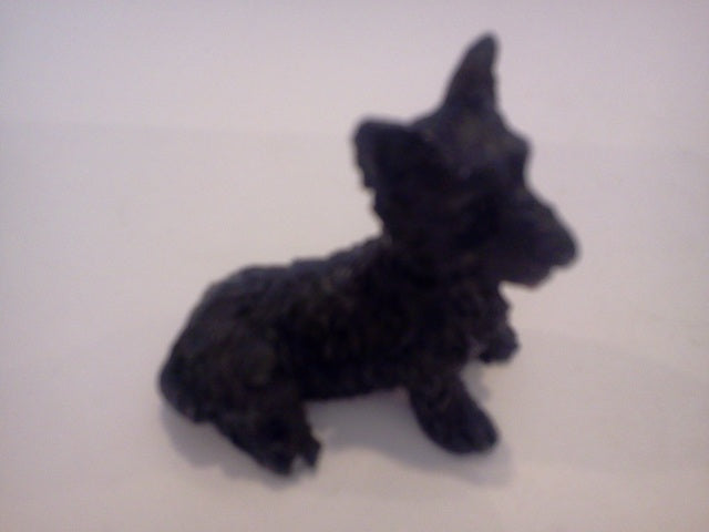 Dolls House Miniature Single Black Sitting Dog, Pets and Animals - The Dolls House Store