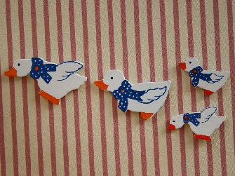 Dolls House Miniature Set Of 4 Ducks Decorations - For Wall, Bathroom - The Dolls House Store