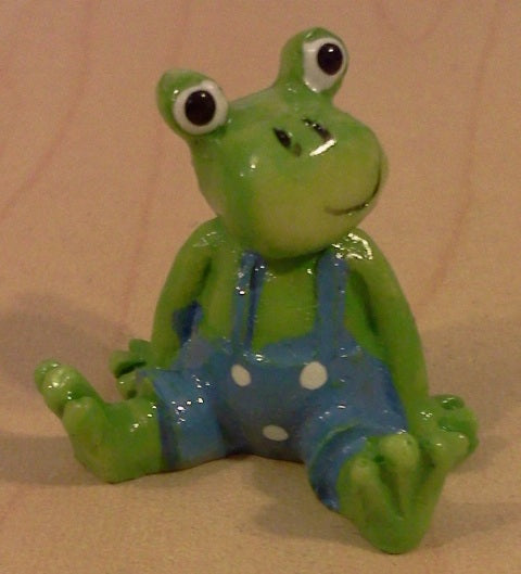 Dolls House Miniature Blue Frog Pond Ornament, Garden - The Dolls House Store
