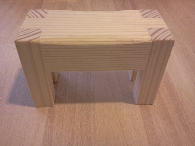 Dolls House Miniature Natural Finish Butchers Block, Shop Fittings - The Dolls House Store