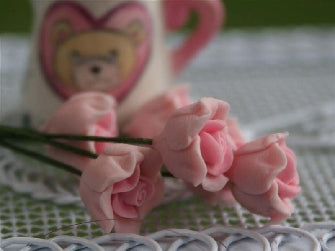Dolls House Miniature Set Of 6 Single Roses Pink, Flowers - The Dolls House Store