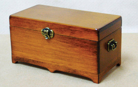 Dolls House Miniature Blanket Chest, Nursery - The Dolls House Store